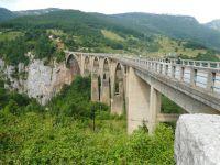 most_nad_Tarą